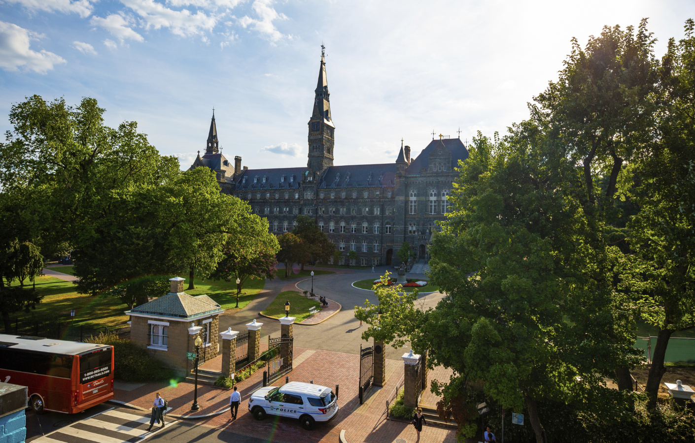 Photo shows Healy Hall on the front lawn of Georgetown's campus.