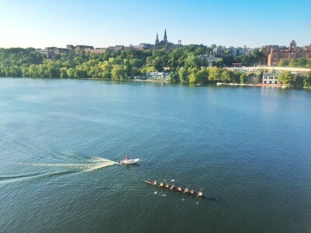 Crew team on the Potomac