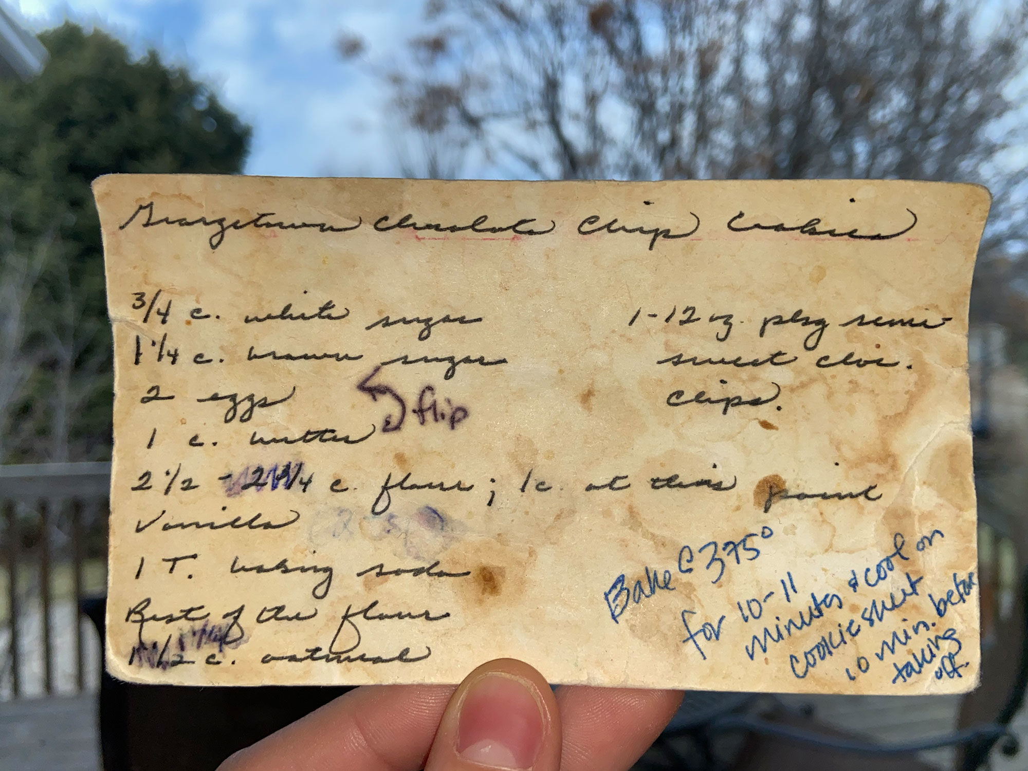 Maggie's Mom's orginal recipe card for Georgetown Cookies