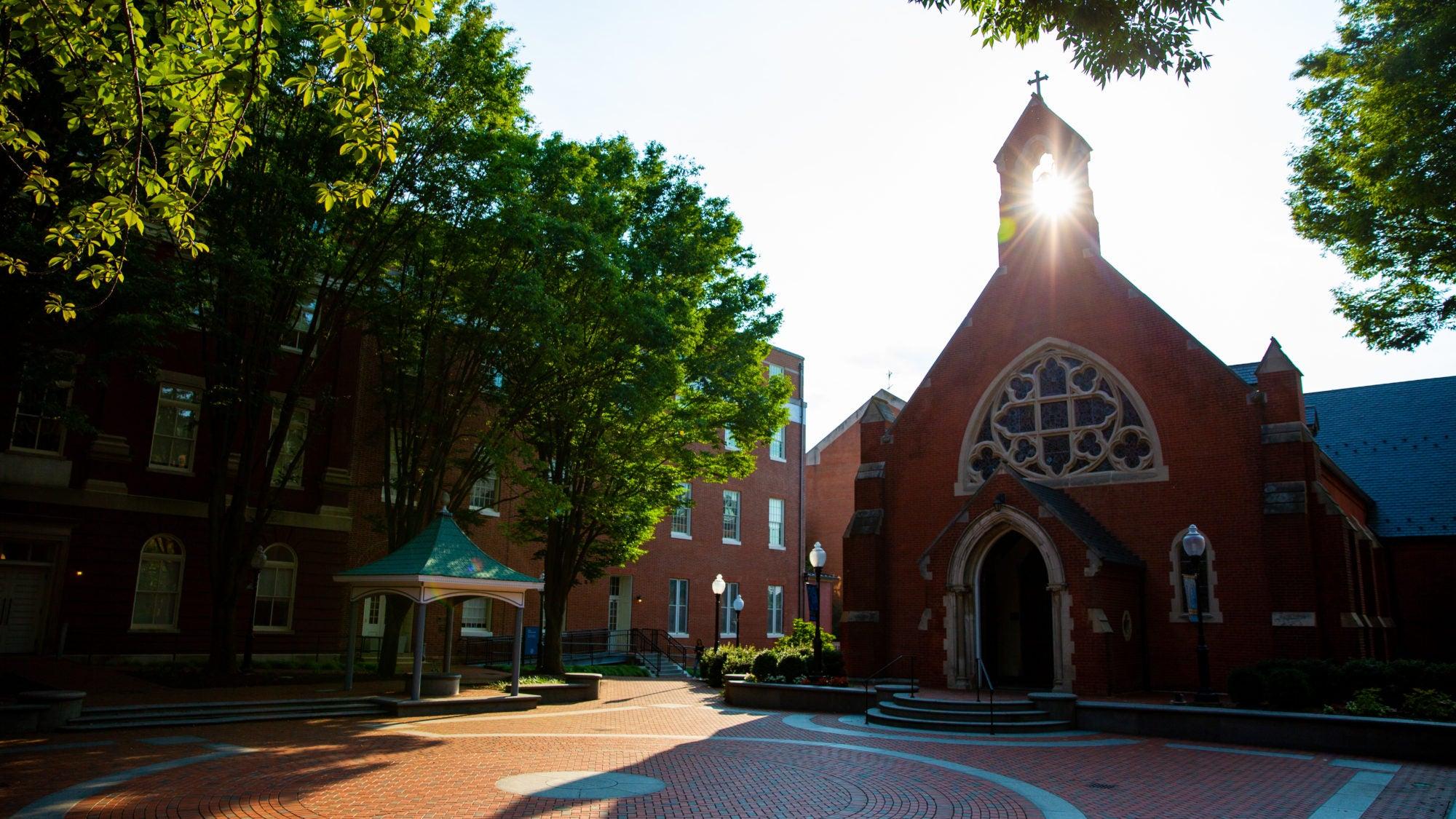 Dahlgren Chapel quad