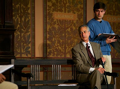 Actor David Strathairn performs a reading as Jan Karski along with an ensemble of Georgetown students and alumni in Gaston Hall.