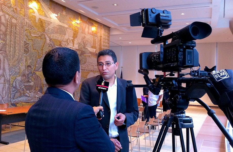Abel Núñez speaks to media