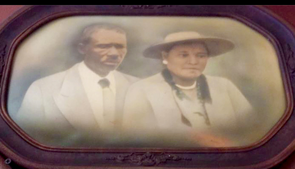Photo of Ben and Elnora Poole