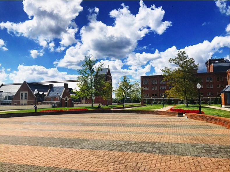 Wide shot of Leavey Esplanade on a bright sunny day